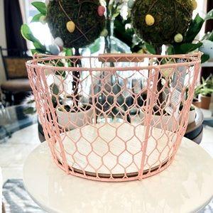 Modern Farm-house Style Chicken Wire Basket